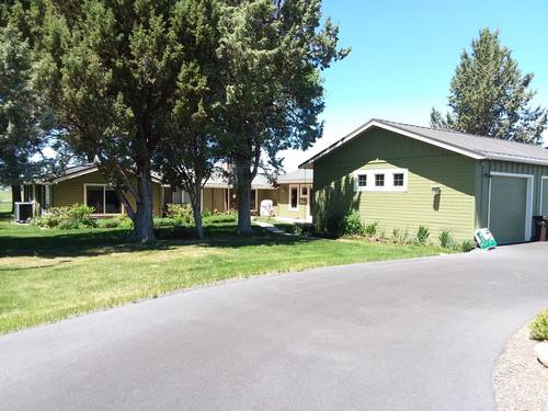 Picture of House requiring House Sitter at House Sitters America, USA. Location Redmond, Oregon 97756