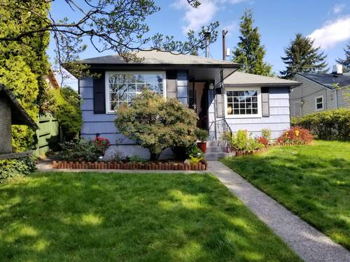 Picture of House requiring House Sitter at House Sitters America, USA. Location Seattle, Washington 98106