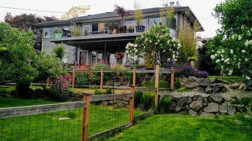 Picture of House requiring House Sitter at House Sitters America, USA. Location Seattle, Washington 98126