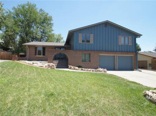 Picture of House requiring House Sitter at House Sitters America, USA. Location Lakewood, Colorado 80227