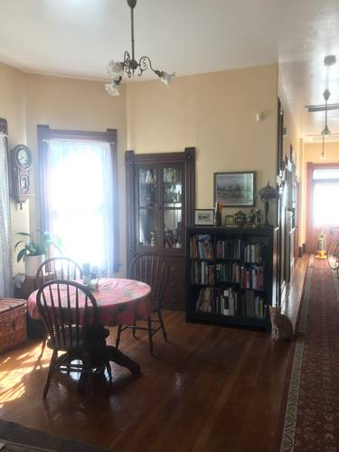 Picture of House requiring House Sitter at House Sitters America, USA. Location Sacramento, California 95814