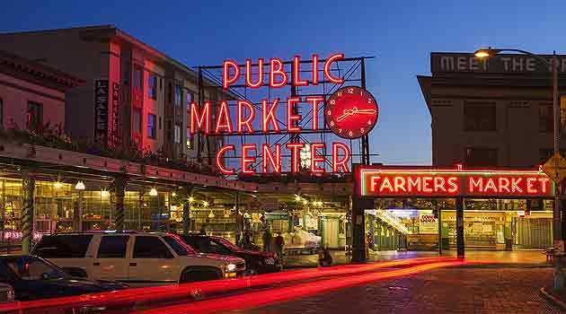 House Sitting USA - the free alternative to dog boarding. Picture is the vibrant Pike Place Market in Seattle, Washington